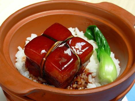 Dongpo Pork (dong po rou) Hangzhou's trademark dish. To eat dongpo ...